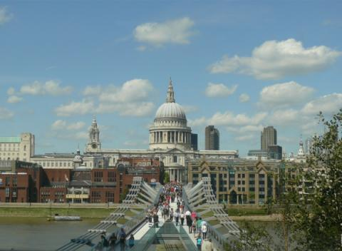 St.Paul's Cathedral met de Millenium Bridge